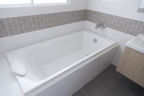Reasons to Replace your Bathtub Instead of Using a Liner